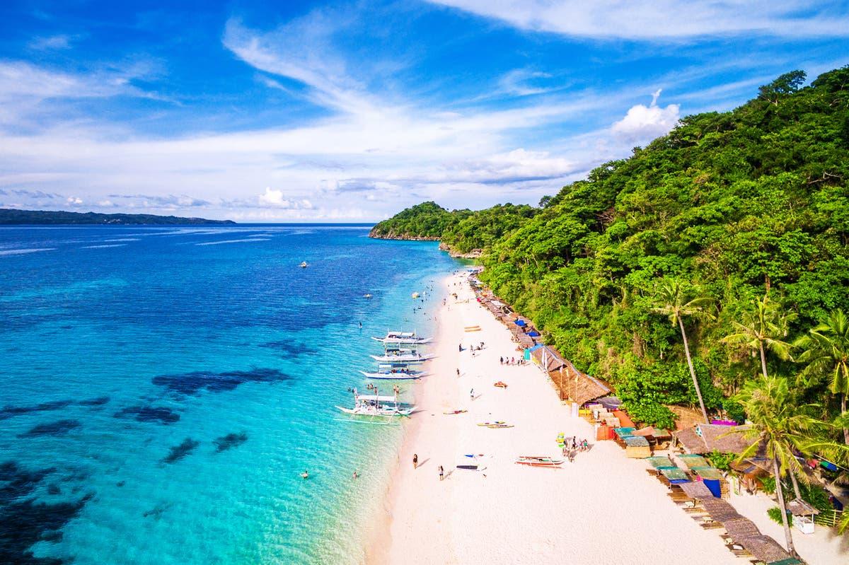 Miliarder Andrew mengatakan siap melanjutkan proyek kasino di Boracay